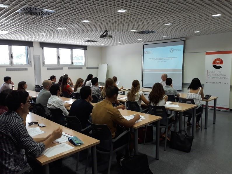 Acto de presentación del Máster Oficial en Internacionalización Económica: Gestión del Comercio Internacional. Promoción 18/20